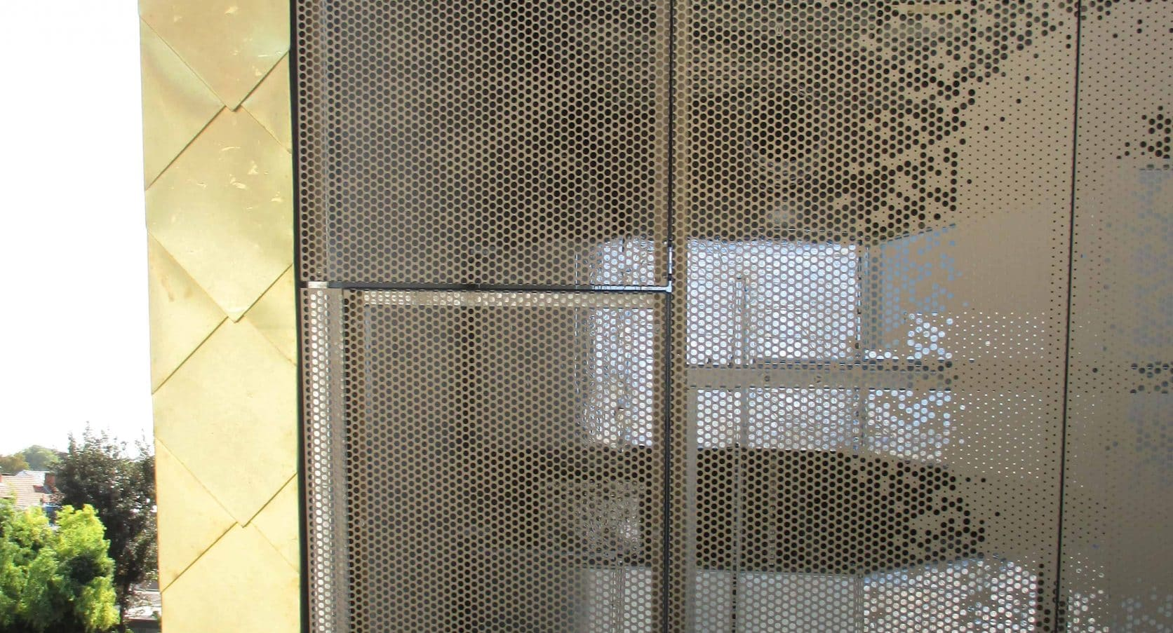 MD Designperforatie gevelpanelen voor Cultuurcentrum Factorij in Zaventem te België
