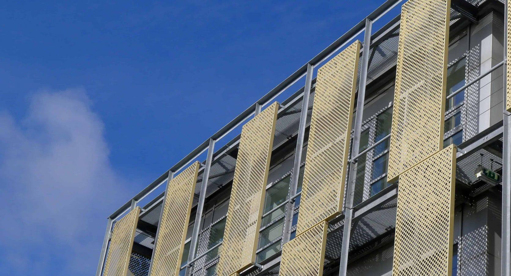 Kantoorgebouw Capellalaan Hoofddorp met MD Designperforatie gevelbekleding