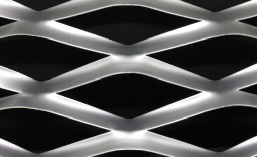 Voorbeeld MD Strekmetaal van aluminium gevelbekleding type MD Coliseum