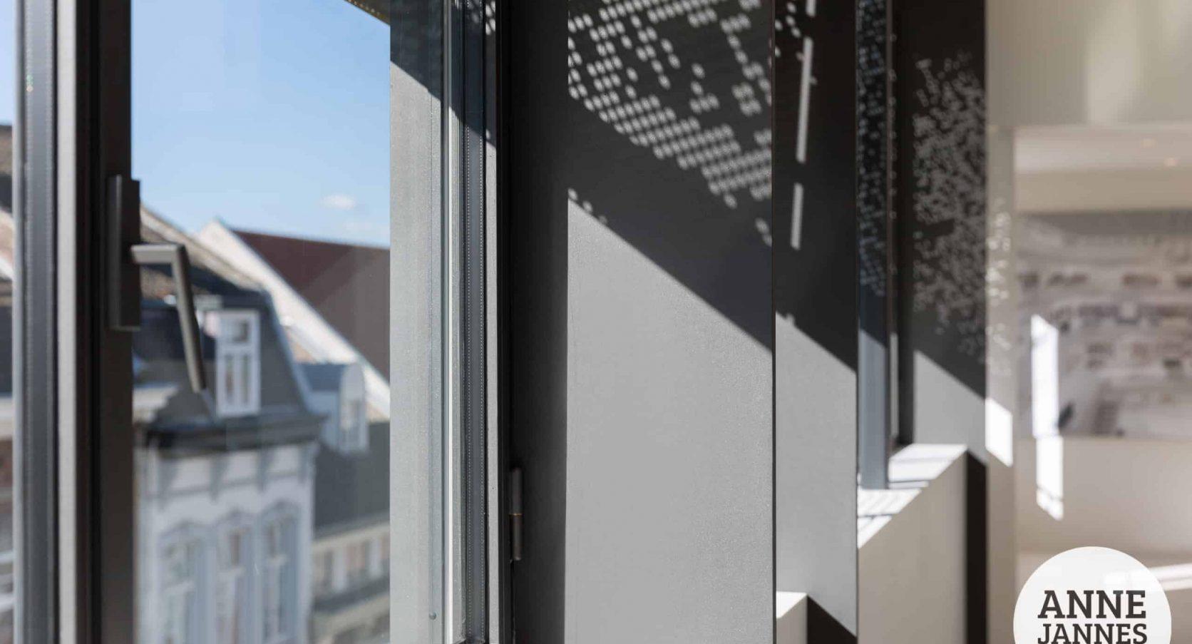 Het Entre Deux in Maastricht voorzien van MD Designperforatie geperforeerde gevelplaten als zonwering