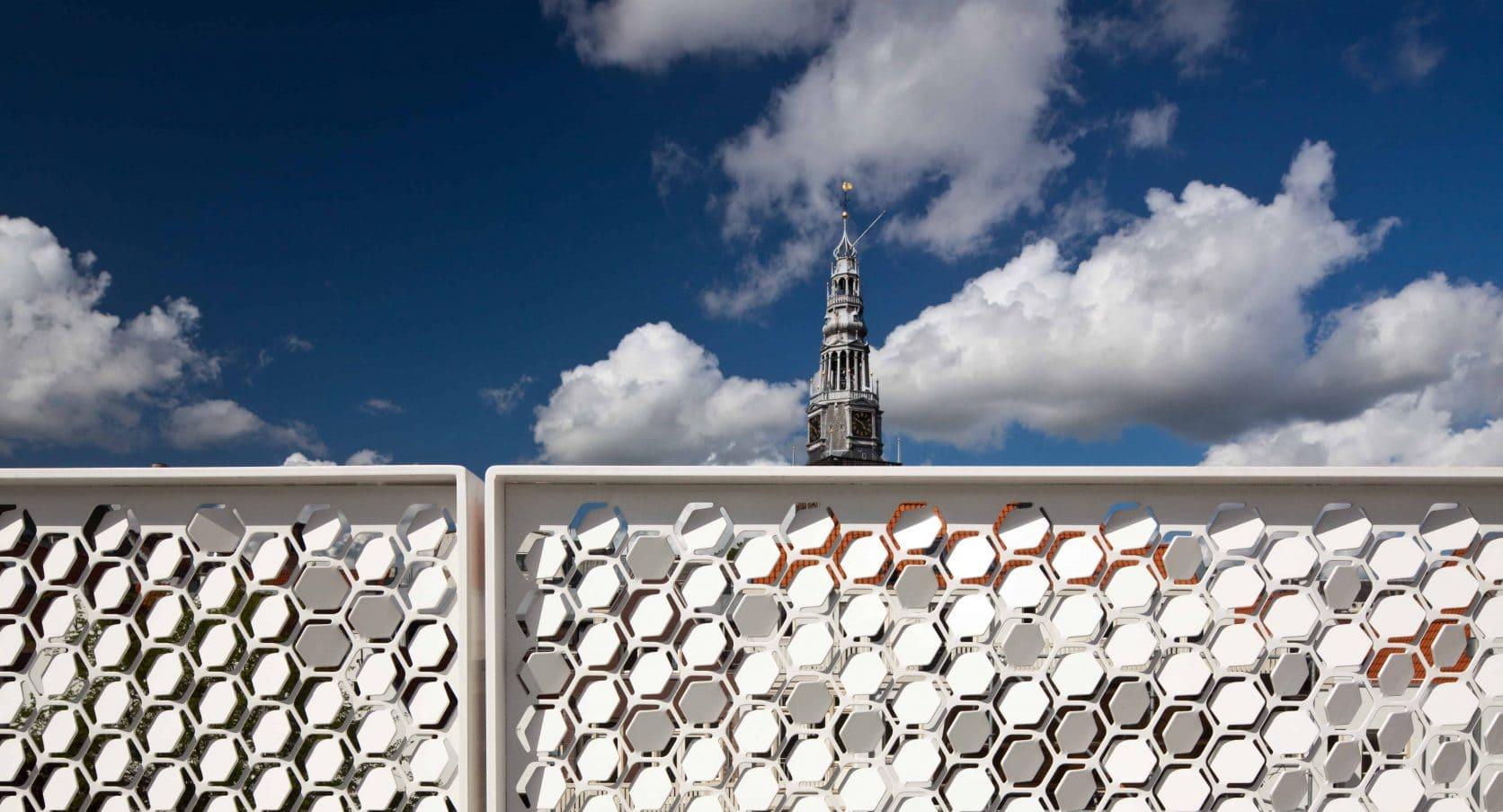 Detail van de MD Formatura panelen bij het project Tussen de Lakens in Amsterdam