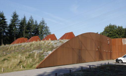 Pompstation Vitens Harderwijk voorzien van MD Designperforatie in cortenstaal