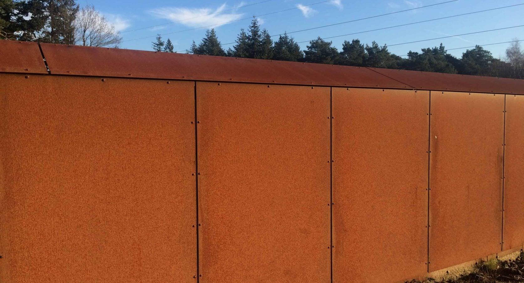 Pompstation Vitens in Harderwijk uitgerust met cortenstaal panelen als gevelbekleding