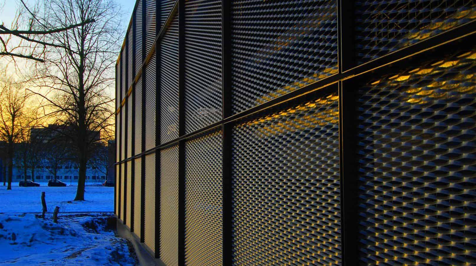 MD Strekmetaal gevel bij de Parkeergarage Catalyst in Eindhoven