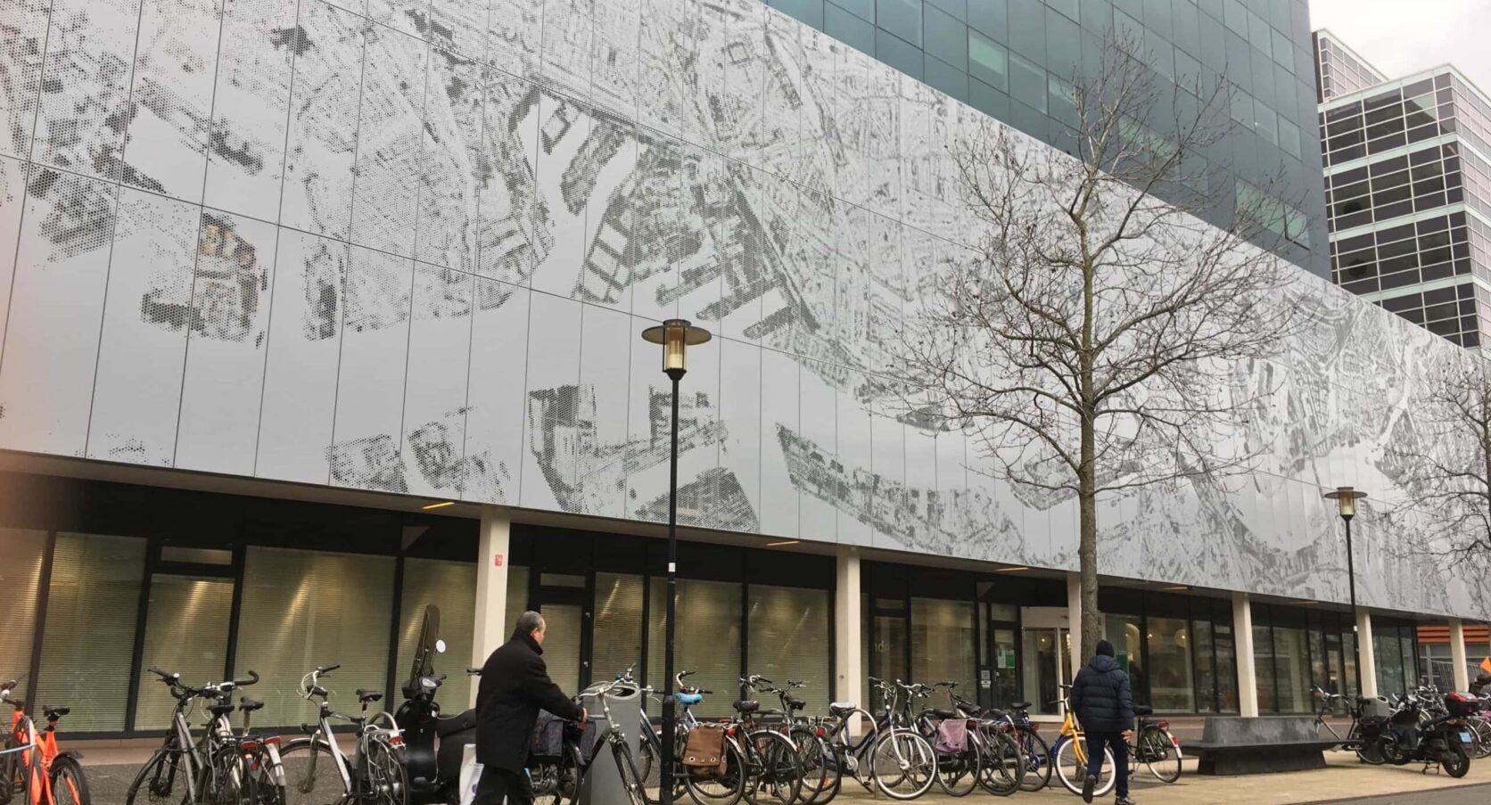 Gevel voorzien van MD Designperforatie bij Kantoorgebouw aan de Prins Alexanderplein in Rotterdam