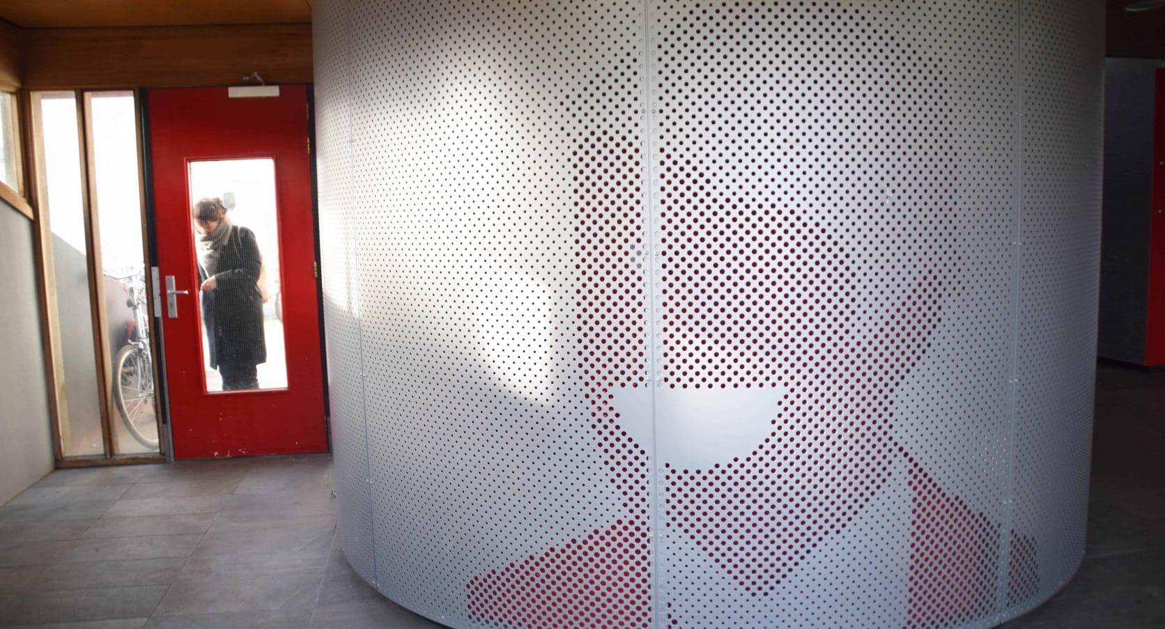 MD Designperforatie als interieurbekleding bij de woontorens Tuindorp West in Utrecht