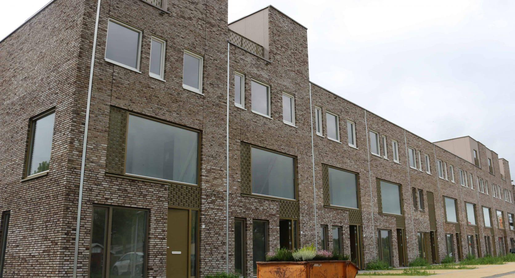 MD Formatura gevelbekelding bij Stadswerf Kade in Groningen