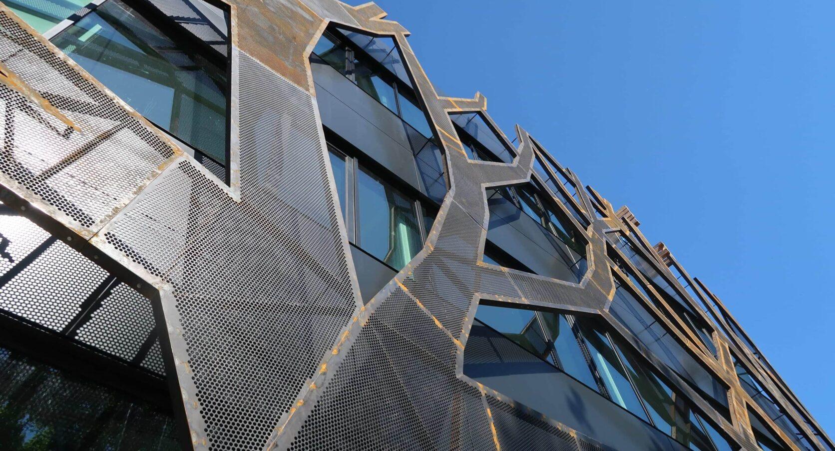 Graafschap College Doetinchem Gevel MD Designperforatie cortenstaal