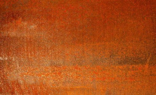 Voorbeeld van het materiaal corten of weervast staal als natuurlijke gevelbekleding