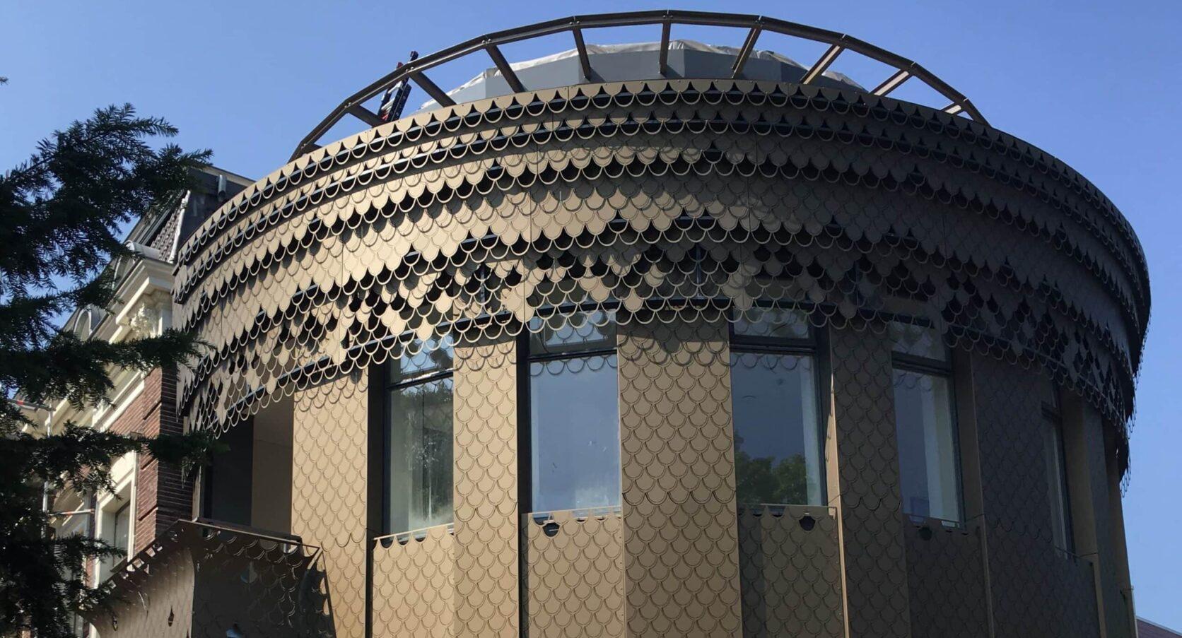 Wooncomplex Plantsoen in Leiden met een prachtig aangezicht met MD Formatura in bladmotief