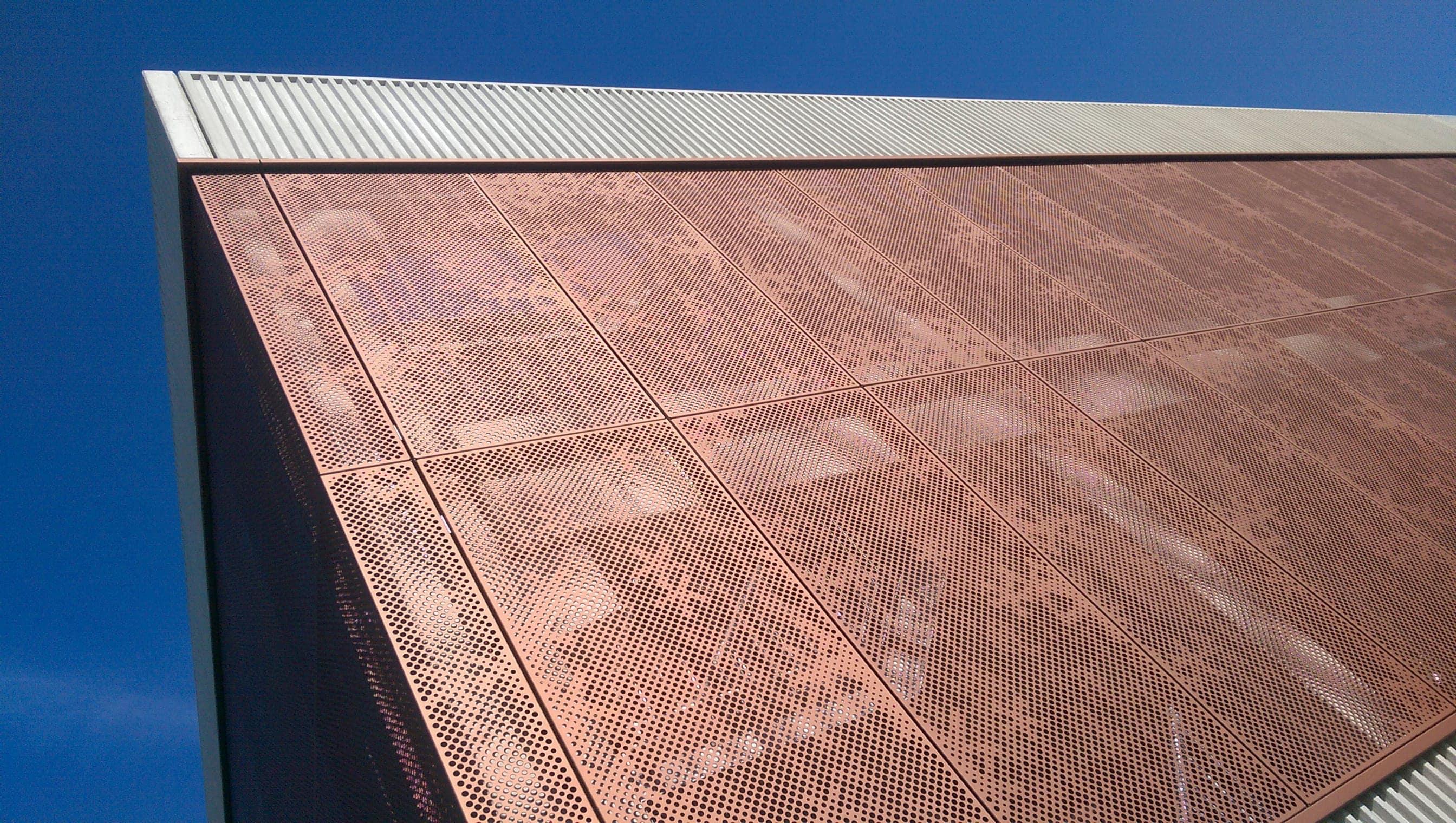 Zijaanzicht Parkeergarage Diakonessenhuis Utrecht voorzien van MD Designperforatie