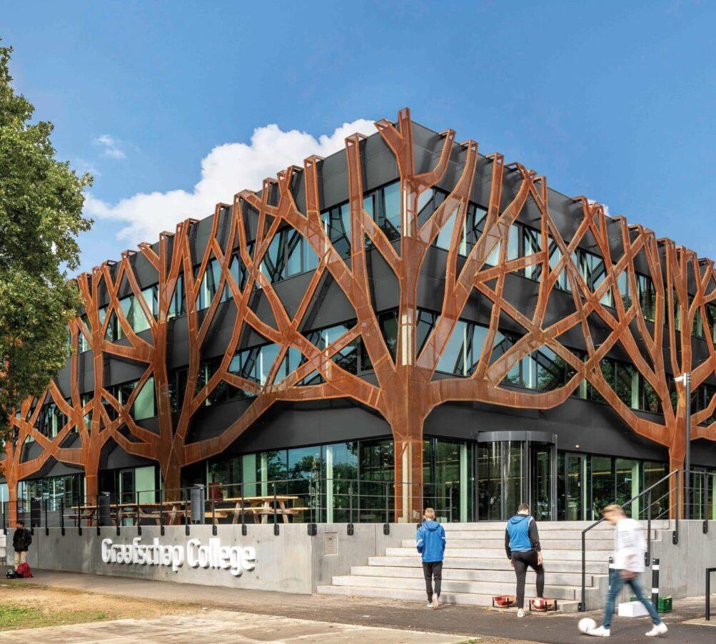 Graafschap College Doetinchem boomgevel Corten staal gevelbekleding