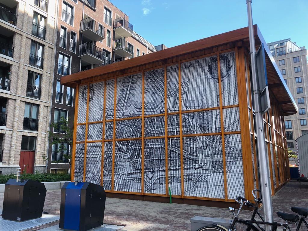 Zijdebalen Paviljoen strekmetaal panelen