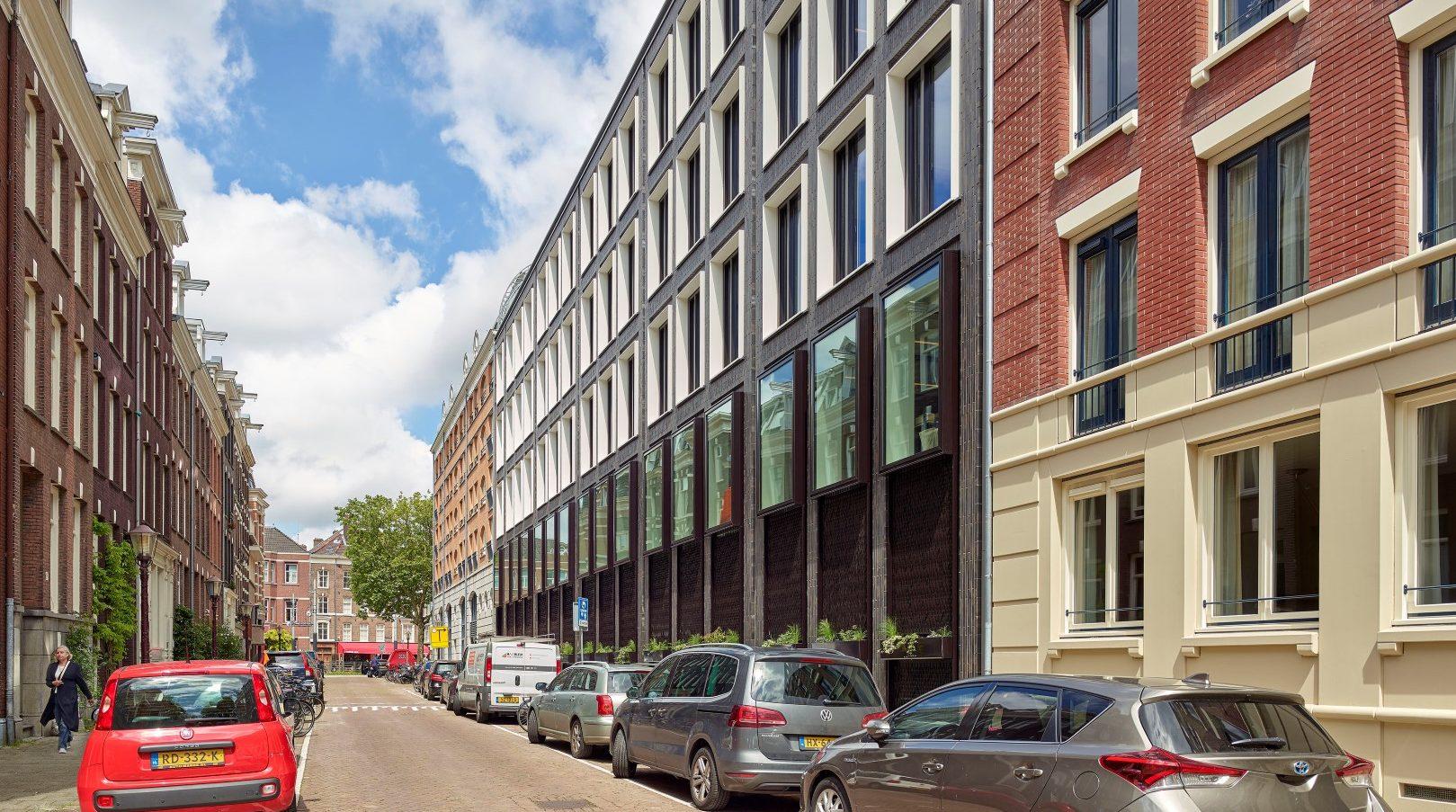 Zijkant rechts gevelbekleding Huidekoperstraat Amsterdam