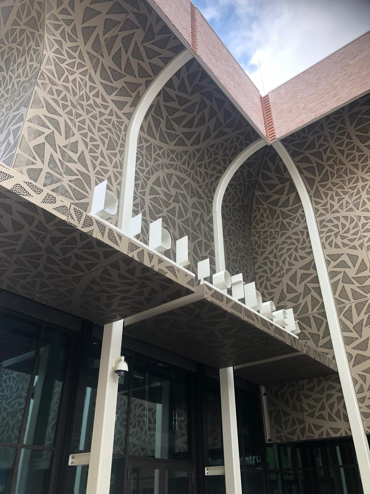 Kunstenpand in Rotterdam opgeleverd entree