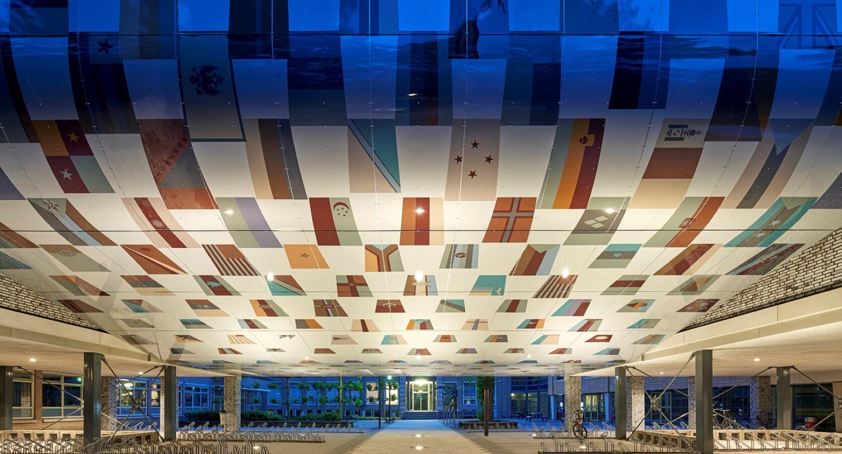 Aluminium composiet gevelbekleding geprint close-up International Campus Breda